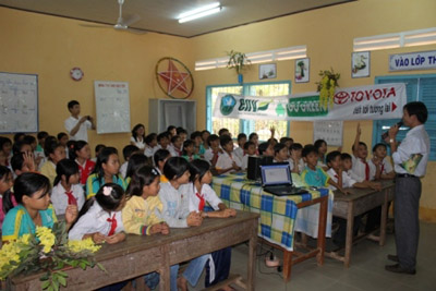 Giáo dục môi trường tại vùng đệm VQG Tràm Chim