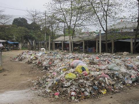 Tuyên Quang: Rác thải ứ đọng