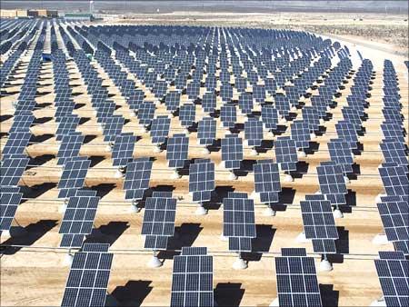 ADB hỗ trợ Ấn Độ phát triển năng lượng mặt trời