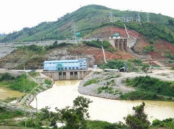 Vận hành 4 hồ chứa góp phần giảm lũ, phát điện