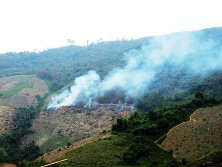 Mường Lát: Phá rừng mùa giáp hạt