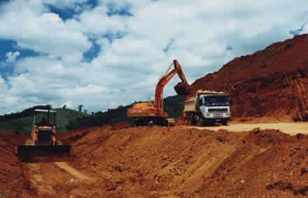 Điều tra tổng thể quặng bauxite và laterit khu vực miền Nam