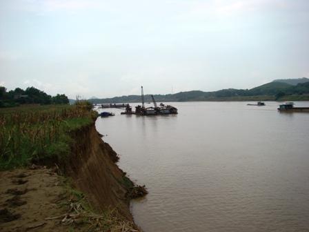 Đê sông Lô với nỗi lo mùa mưa bão