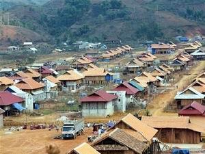 Tháo gỡ khó khăn trong di dân, tái định cư thủy điện Sơn La