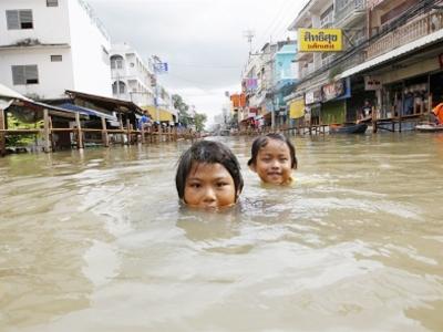 Thái Lan: Đại hồng thủy do đâu?