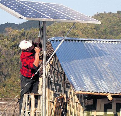 Cuộc cách mạng năng lượng thầm lặng ở Lào