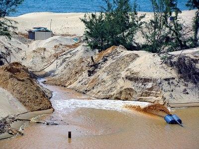 Bình Thuận: Đình chỉ hoạt động khai thác titan tại khu vực Suối Nhum