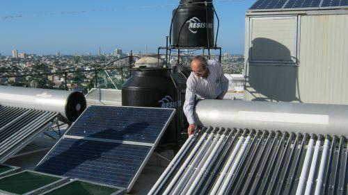 Tương lai năng lượng sạch cho Cu Ba