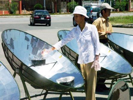 Hỗ trợ, khuyến khích người dân sử dụng năng lượng tái tạo