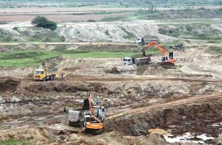 Không thể tiếp tục buông lỏng quản lý tình trạng khai thác cát trái phép