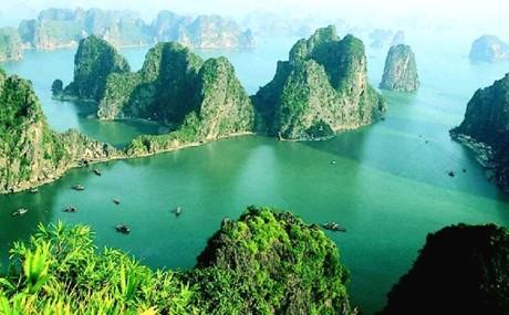 Vịnh Hạ Long – điểm đến nên trải nghiệm trong đời