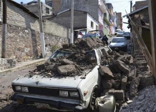 Hình ảnh sau trận động đất (Ảnh: AP)