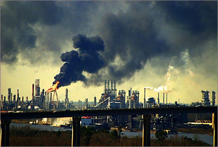 Công ty bảo hiểm lớn nhất thế giới Allianz rút vốn khỏi ngành than