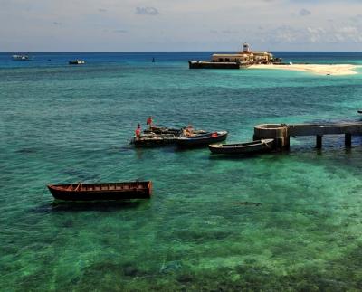Rạn san hô đảo Đá Tây, huyện Trường Sa, Khánh Hòa. (Ảnh: Nhân Dân)
