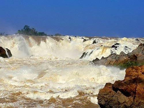Thác Khone trên dòng Hou Sahong - khu vực dự kiến xây dựng thủy điện Don Sahong Ảnh: TS Vũ Ngọc Long
