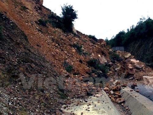 Nguy cơ sạt lở đất đá tại các tỉnh miền núi phía Bắc (Ảnh: TTXVN)