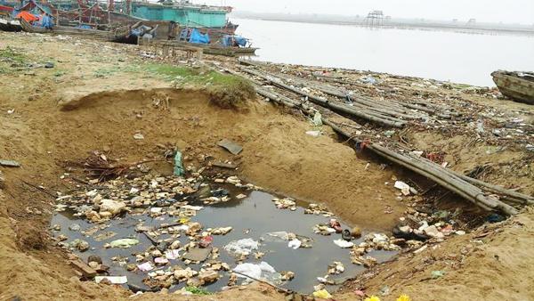 Hoằng Hóa – Thanh Hóa: Kinh hoàng biển rác