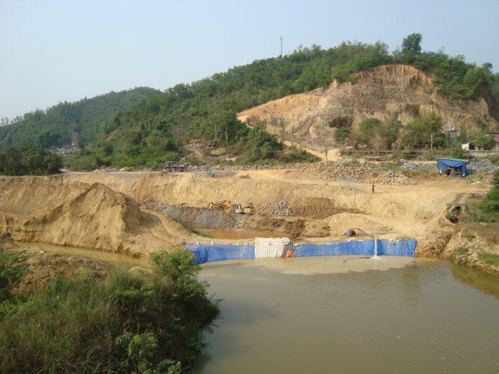Lâm Đồng: Hạn hán thêm gay gắt vì thuỷ điện tích nước