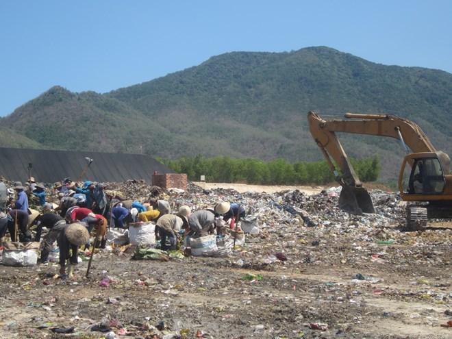 Vụ thất lạc nguồn phóng xạ ở Vũng Tàu: Ráo riết tìm trong bãi rác