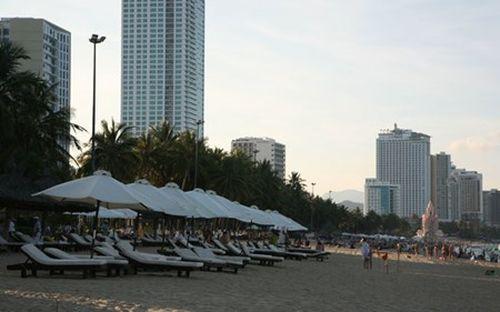 Resort độc chiếm bãi biển miền Trung (Bài 1)