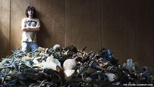 Ấn tượng với hệ thống dọn rác trên biển của sinh viên 20 tuổi