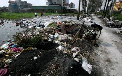 Ô nhiễm môi trường ở nông thôn đang ở mức báo động (Ảnh minh họa)