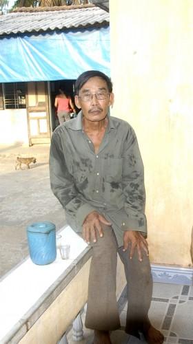Bệnh nhân ung thư Nguyễn Hữu Tài sống trong tuyệt vọng khi mình đã được điều trị hết liều.