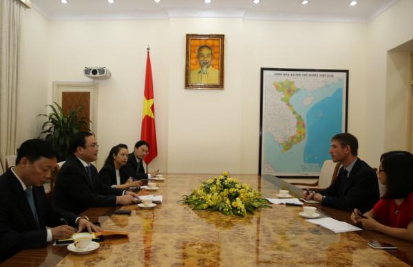 Việt Nam – Anh tăng cường hợp tác trong ứng phó biến đổi khí hậu