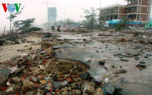 Tàn phá môi trường, biến đổi khí hậu là những vấn đề nghiêm trọng