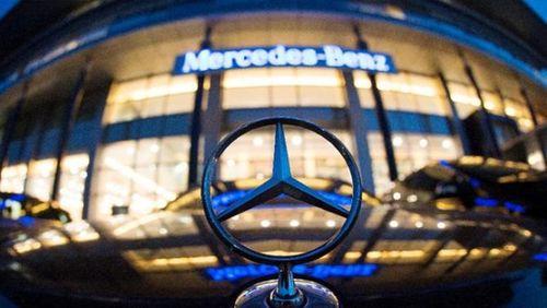 """Hãng xe Mercedes bị """"sờ gáy"""" do nghi ngờ gian lận khí thải"""