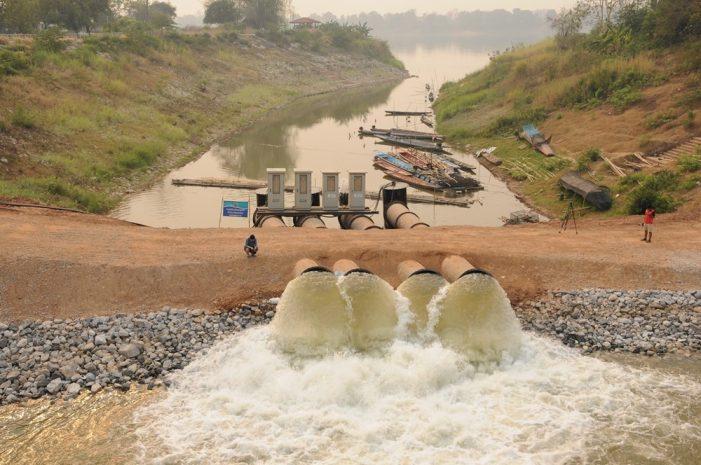 Cận cảnh trạm bơm công suất lớn hút nước sông Mê Kông ở Thái Lan