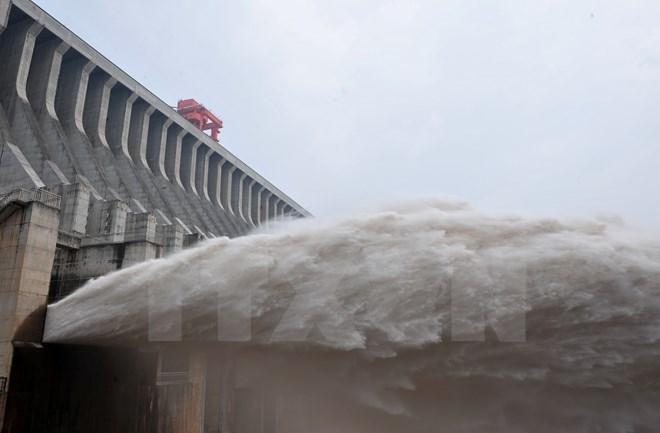 Trung Quốc tiếp tục xả nước xuống vùng hạ lưu sông Mê Kông