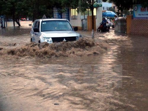 Thái Nguyên: Mưa lũ khiến 2 người chết, nhiều tuyến đường ngập sâu