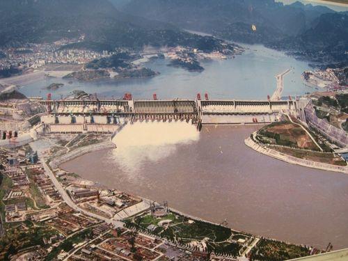Đập Tam Điệp, con đập lớn nhất thế giới tại Trung Quốc. (Ảnh: Pedro Vasquez Colmenares)