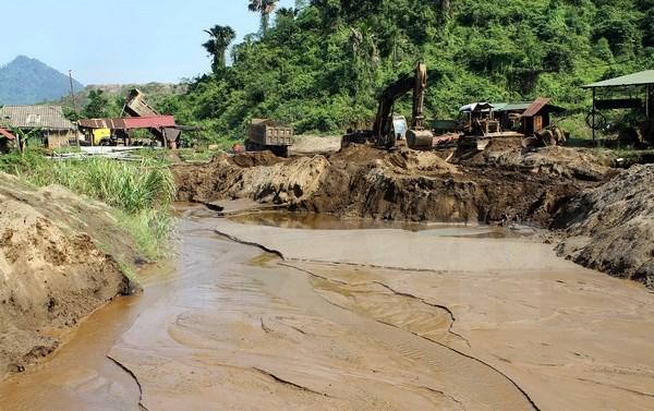 """Tuyên Quang: Người dân thấp thỏm sống dưới """"bom"""" bùn mangan"""
