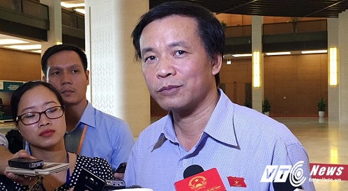 Tổng thư ký Nguyễn Hạnh Phúc trao đổi với báo chí sáng 21/7 (Ảnh: Phạm Thịnh)