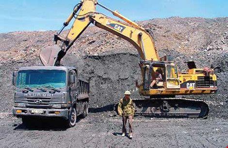 Tham gia EITI sẽ giúp Việt Nam ngừa tham nhũng, chống thất thu hàng tỉ đôla trong lĩnh vực khai thác, khoáng sản (Ảnh: DT/Pháp luật TP.HCM)