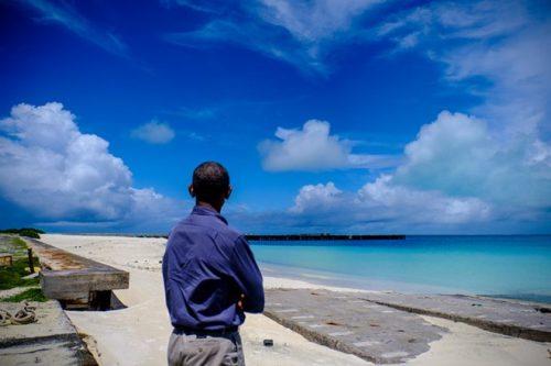 Tổng thống Obama tại đảo Midway Atoll ở Thái Bình Dương (Nguồn: The New York Times)