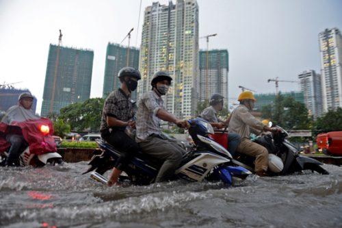 Hiện trạng ngập tại khu vực phía Tây TP Hà Nội.