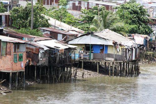 TP Hồ Chí Minh quyết tâm giải tỏa 20.000 nhà tạm bợ trên kênh rạch.