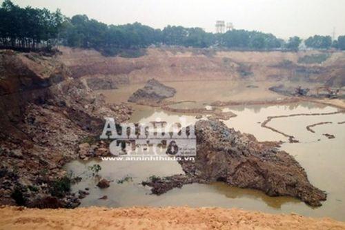 Hàng triệu khối đất nằm sát sân bay Nội Bài bị múc bán