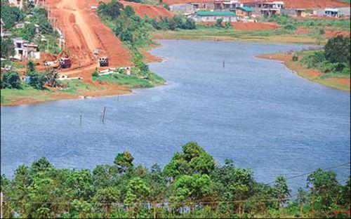 Việt Nam có nguy cơ ô nhiễm, cạn kiệt nước ngầm