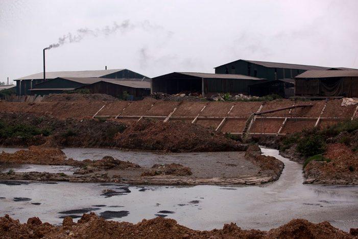 Bắc Ninh chi hơn nghìn tỷ, nhà máy cứ xả thải sát nhà dân
