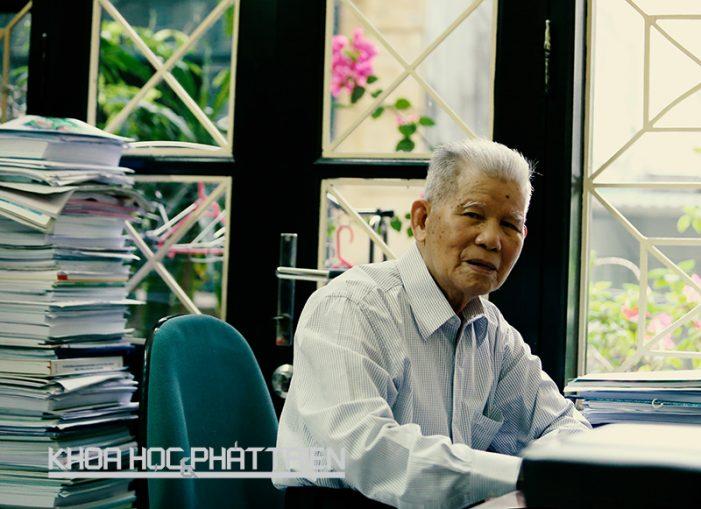 """Giáo sư – tiến sỹ khoa học Đặng Huy Huỳnh: """"Nghiên cứu môi trường là cuộc đời của tôi"""""""