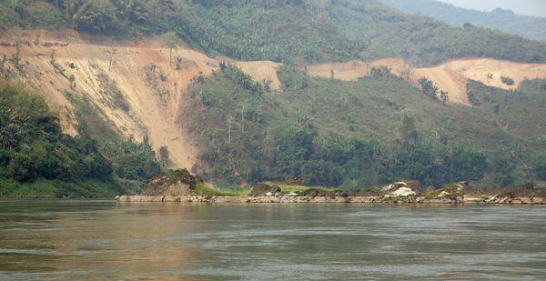 Đánh giá tác động đập Pak Lay sao chép từ đập Pak Beng – cần đình chỉ dự án