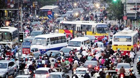 """Hà Nội: Ùn tắc giao thông """"đốt"""" 12.800 tỷ đồng mỗi năm"""
