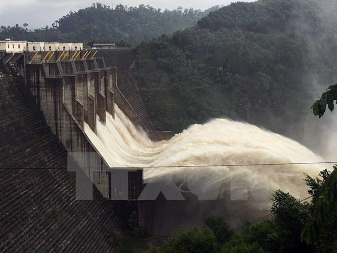 Bộ Công Thương yêu cầu các thủy điện vận hành hồ chứa đúng quy trình