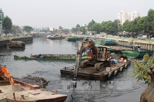 """TP Hồ Chí Minh tập trung xử lý ô nhiễm tại các """"kênh nước đen"""""""