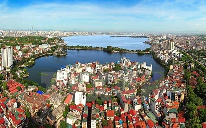 Hà Nội: Đào đắp bùn đất để phục vụ dự án nạo vét Hồ Tây