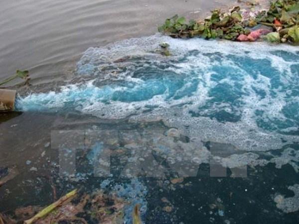 Phát hiện doanh nghiệp để rò rỉ nước thải ô nhiễm ra sông Gành Hào